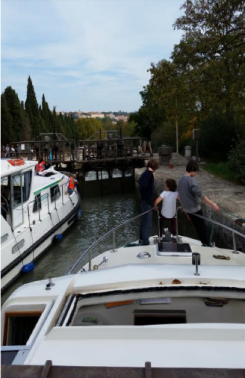 Rental Canal boat in Villedubert - Crusader 12.8