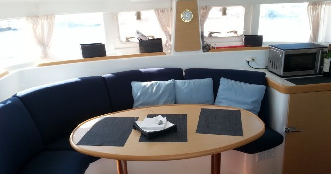 Hire Catamaran with or without skipper Lagoon Le Verdon-sur-Mer