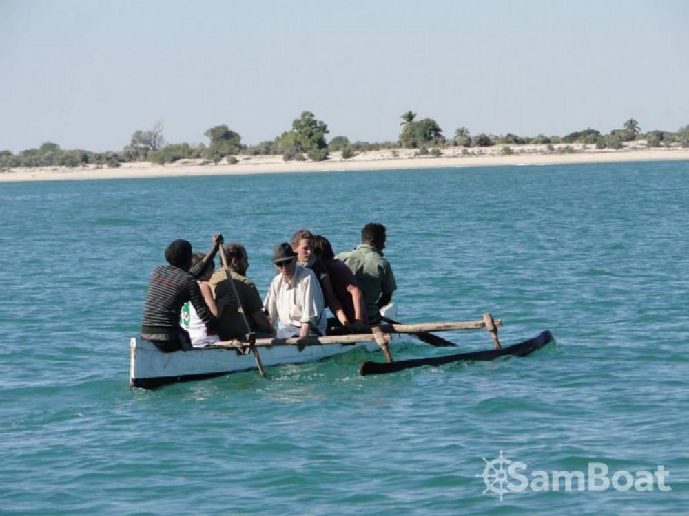 Rental Sailboat Fondy-Charpentier-De-Marine with a permit