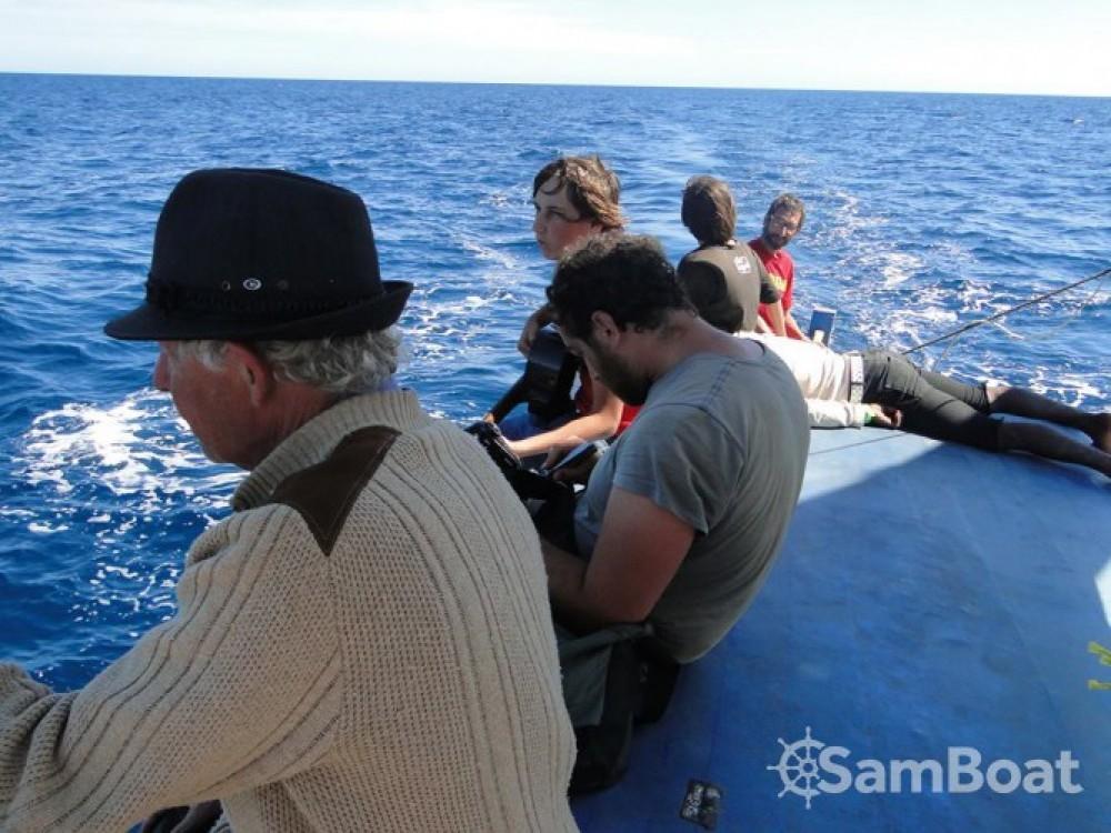 Rental yacht Morondava - Fondy-Charpentier-De-Marine goélette on SamBoat