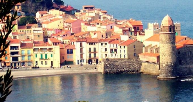 Jeanneau Cap Camarat 5.5 CC Serie 2 between personal and professional Saint-Cyprien