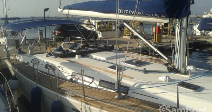 Boat rental Dufour Dufour 425 in Taranto on Samboat