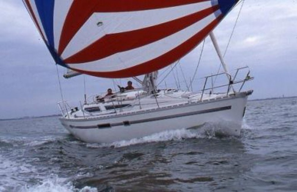 Hire Sailboat with or without skipper Jeanneau La Forêt-Fouesnant