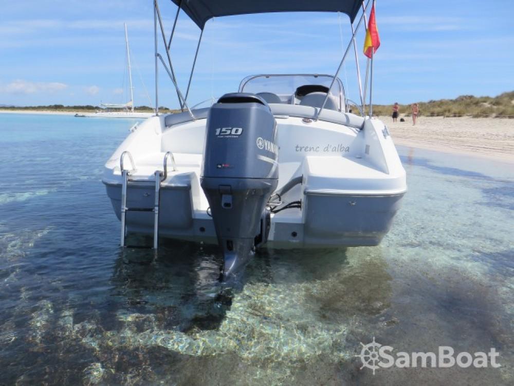 Boat rental Bénéteau Flyer 650 SD in Ibiza on Samboat