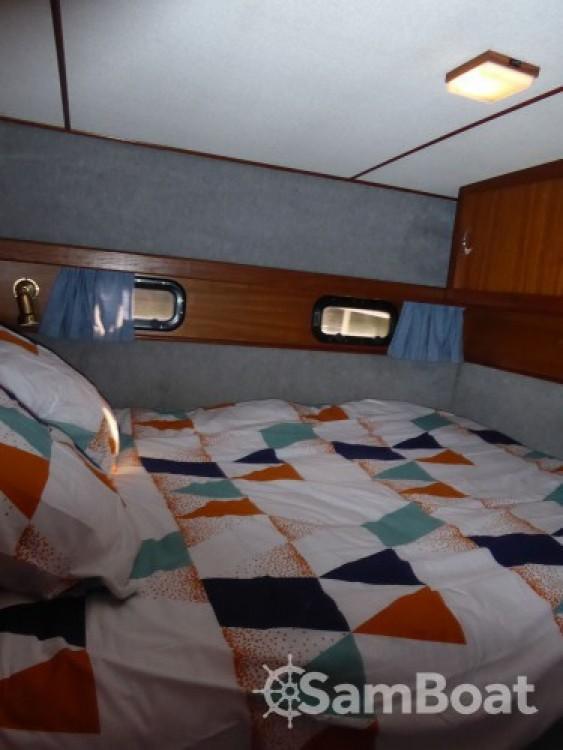 Rental yacht Rouen - Aquanaut Unico 1100 fly on SamBoat