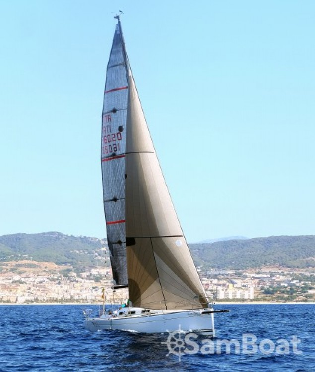 Boat rental Bénéteau First 34.7 in Palamós on Samboat