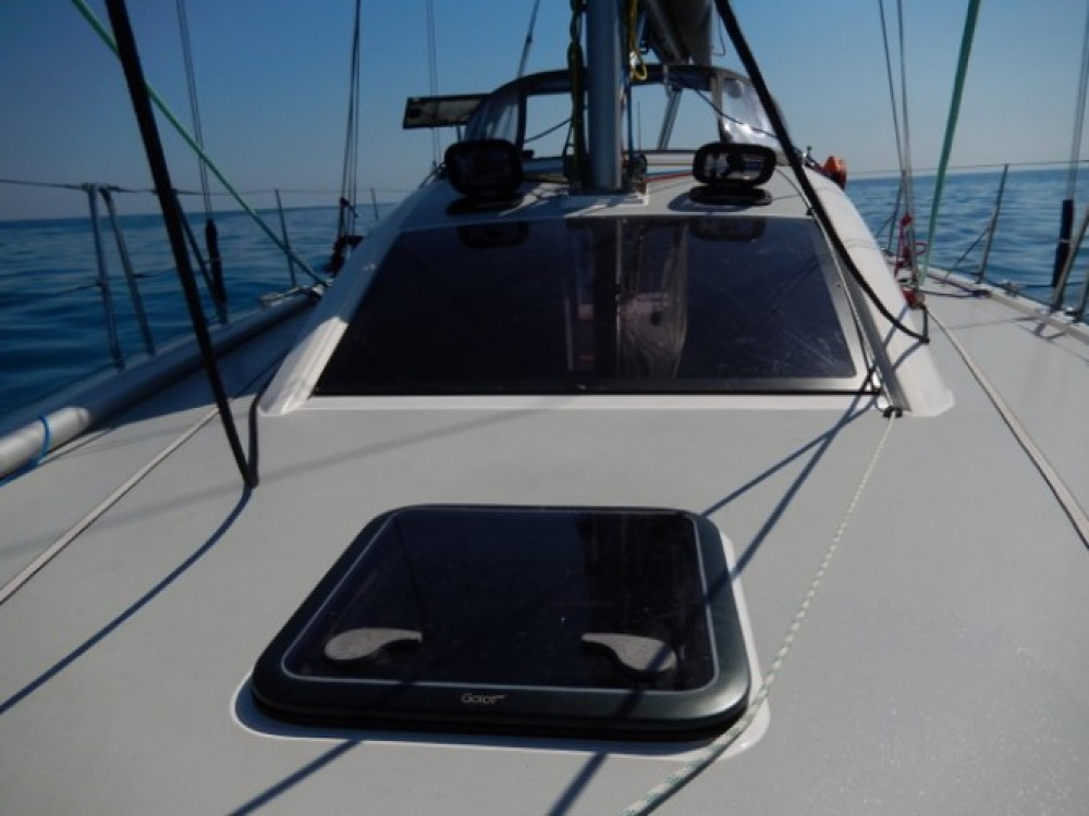 Boat rental Athens cheap RM 10.60 biquille