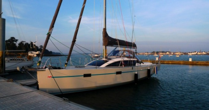 Rental Sailboat Fora Marine with a permit
