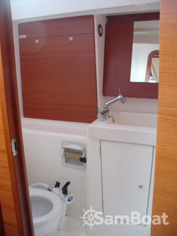 Dufour Dufour 375 Grand Large between personal and professional Saint-Cyprien