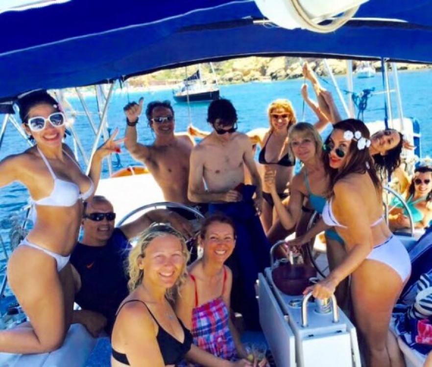 Rental yacht Valencia - Bénéteau Oceanis 510 on SamBoat