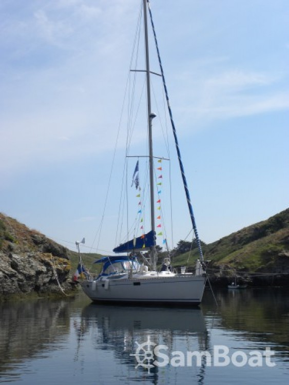 Hire Sailboat with or without skipper Bénéteau Cherbourg-en-Cotentin
