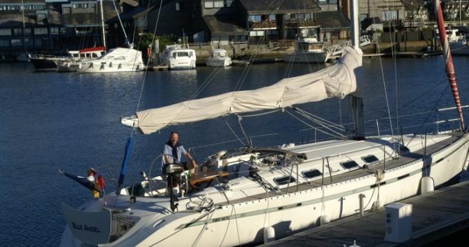 Rental Sailboat in Arzon - Bénéteau First 45