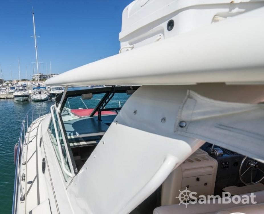 Rental Motorboat in Cambrils - Tiara 4000 Express