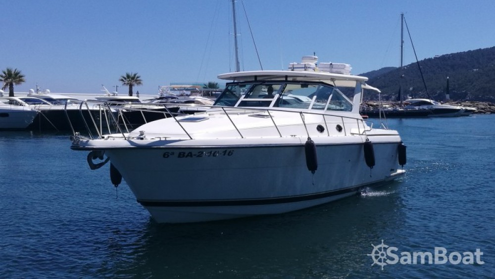 Hire Motorboat with or without skipper Tiara Cambrils