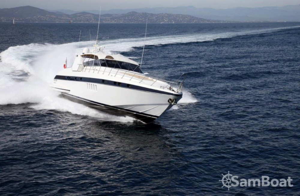 Boat rental Mangusta 25 in Saint-Tropez on Samboat