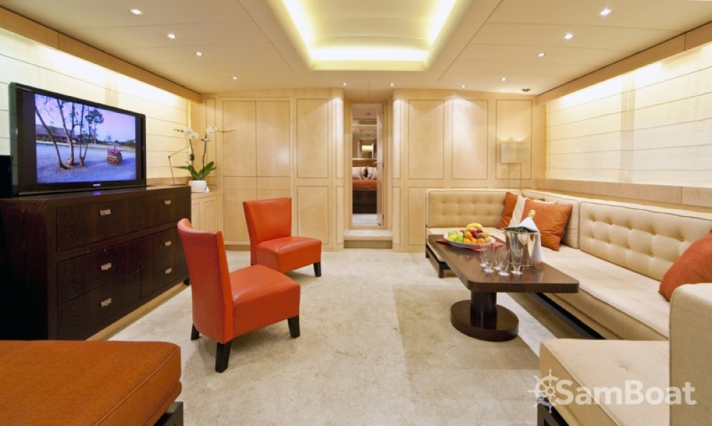 Mangusta 25 between personal and professional Saint-Tropez