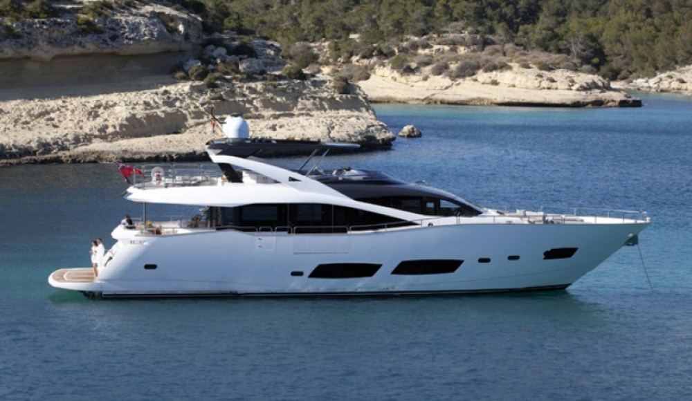 Rent a Sunseeker 28 Saint-Tropez