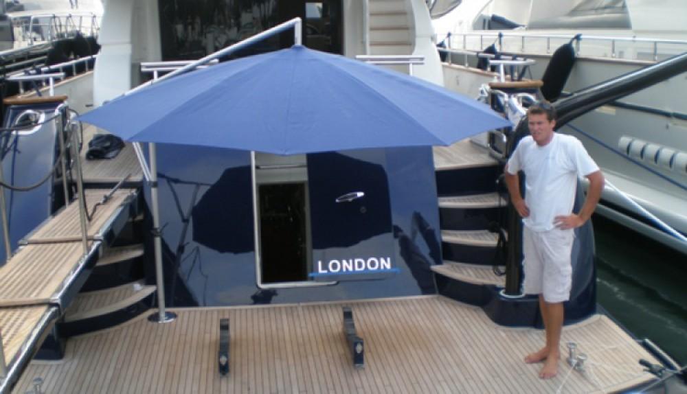 Boat rental Maiora 28 in Saint-Tropez on Samboat