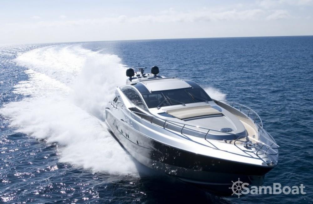 Rental yacht Saint-Tropez - Canados 27.45 on SamBoat