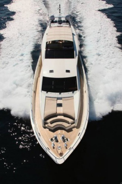 Hire Yacht with or without skipper Guy Couach Saint-Tropez