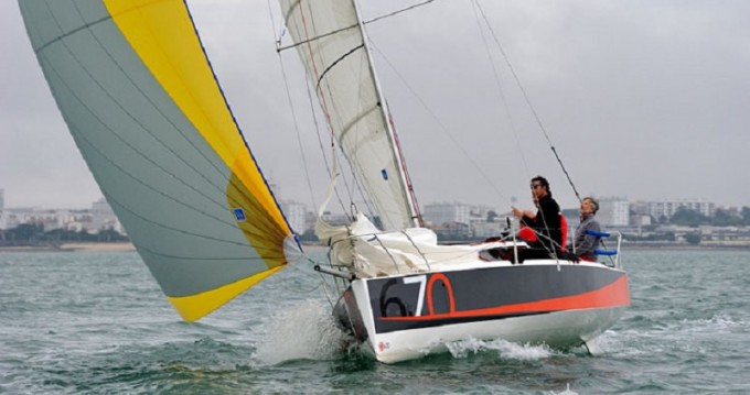 Rental Sailboat Maree-Haute with a permit