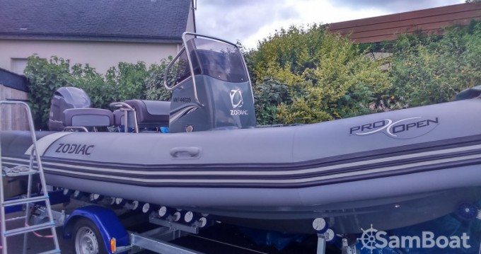 Boat rental Séné cheap Pro Open 650