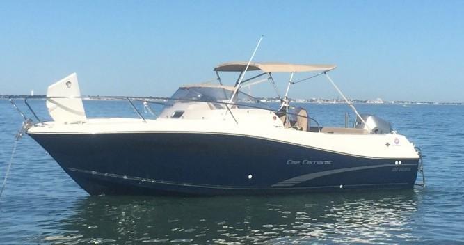 Boat rental Jeanneau Cap Camarat 7.5 WA in Royan on Samboat