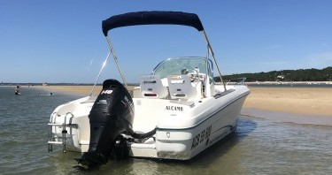 Hire Motorboat with or without skipper Jeanneau Arcachon