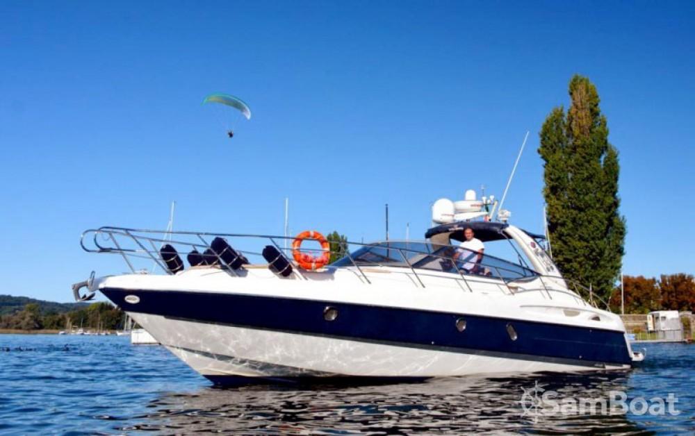 Boat rental Cranchi Endurance 41 in Sesto Calende on Samboat