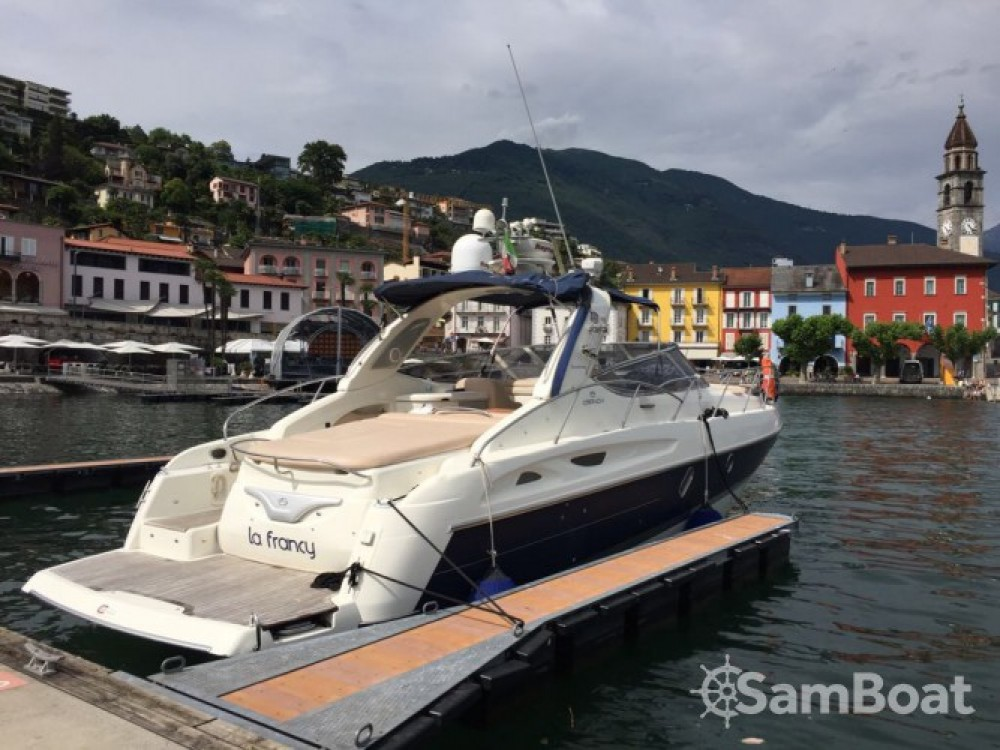 Motorboat for rent Sesto Calende at the best price