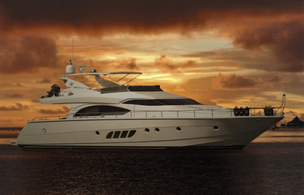 Dominator yacht between personal and professional Athens