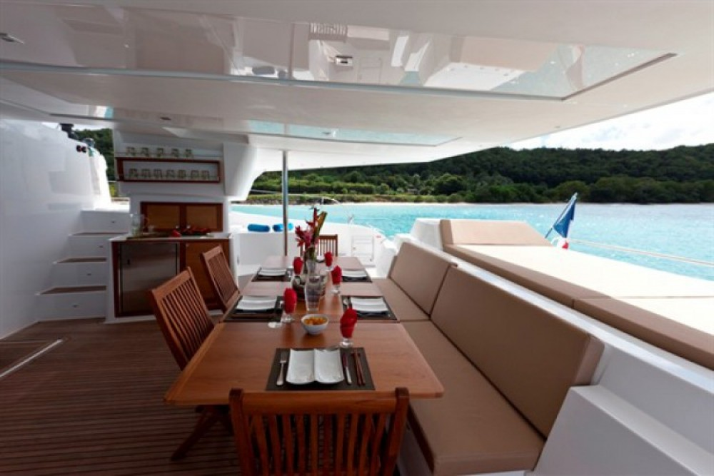 Rental Catamaran in Athens - Fountaine Pajot Berret