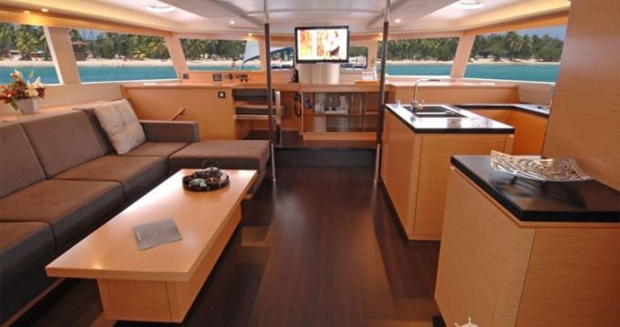 Rental yacht Athens - Fountaine Pajot Berret on SamBoat