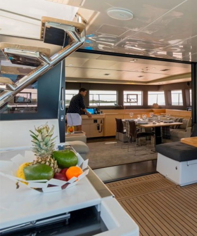 Yacht for rent Mykonos at the best price