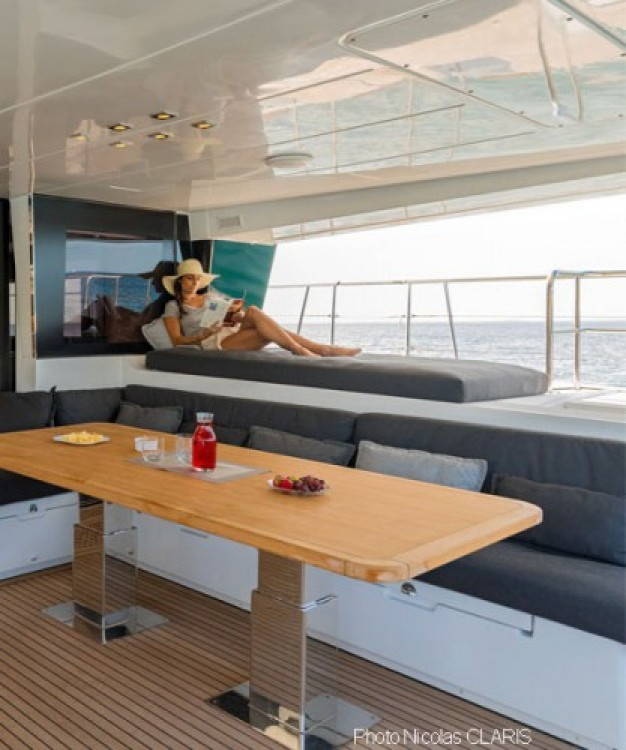 Lagoon Lagoon 630 Motor Yacht between personal and professional Mykonos