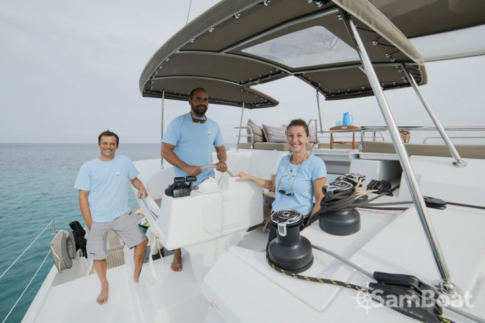 Boat rental Atene cheap Berret