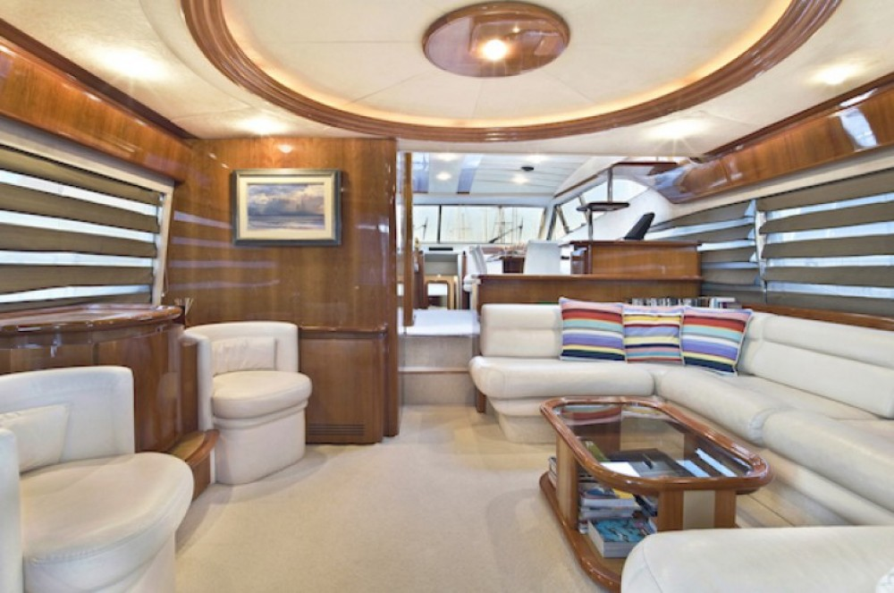 Yacht for rent Athens at the best price