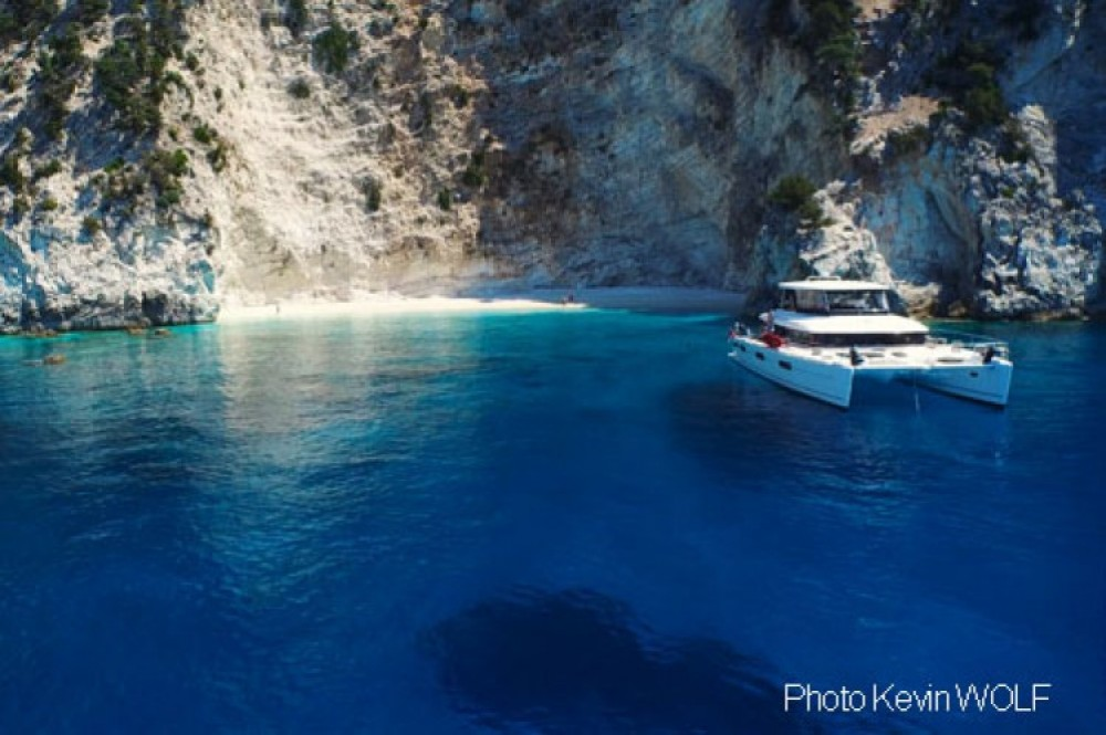 Hire Yacht with or without skipper Lagoon Mykonos