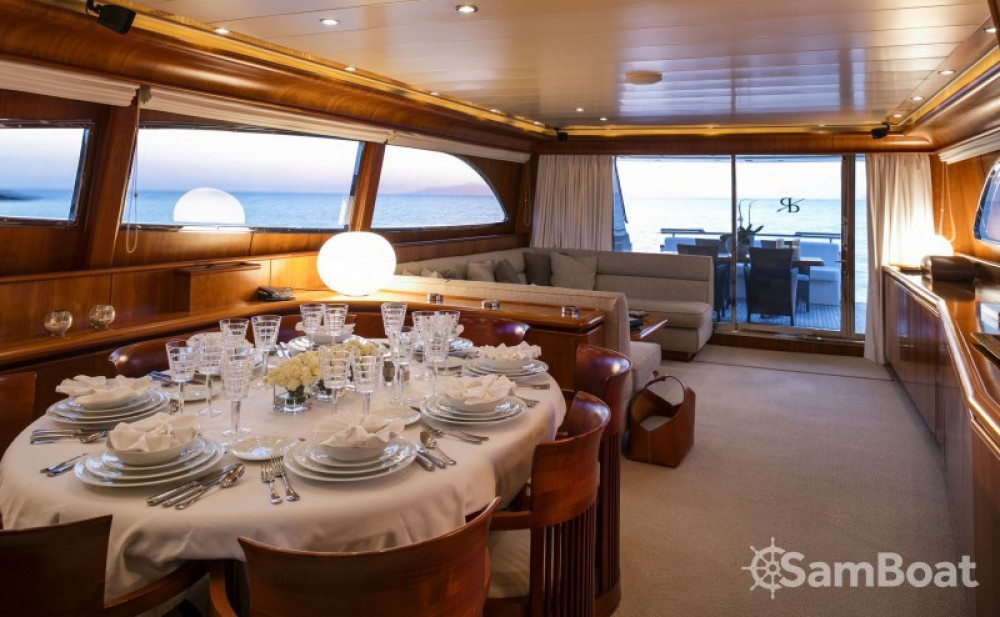 Canados yacht between personal and professional Athens