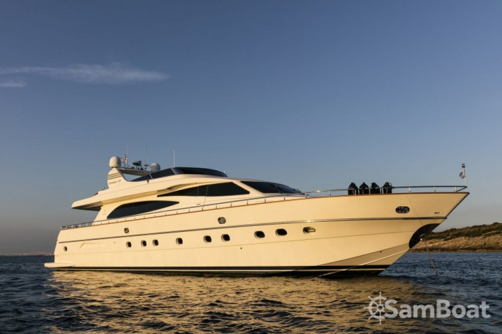 Rent a Canados yacht Athens
