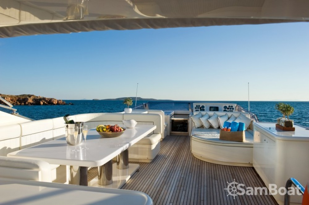 Rental Yacht in Athens - Posillipo yacht
