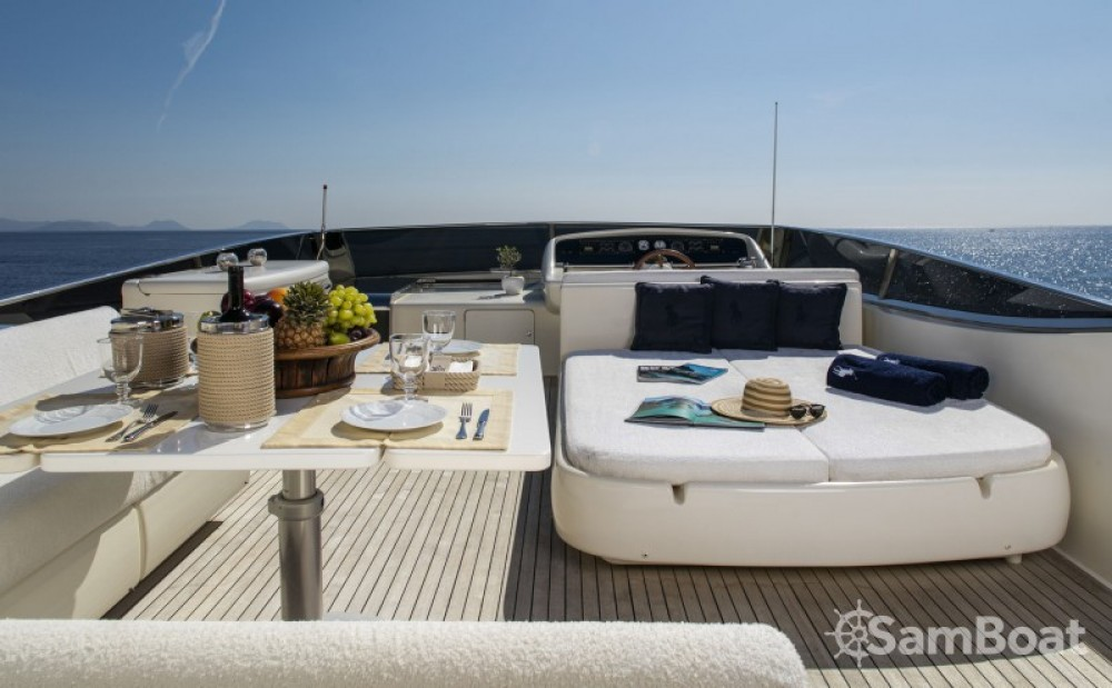 Hire Yacht with or without skipper Canados Athens