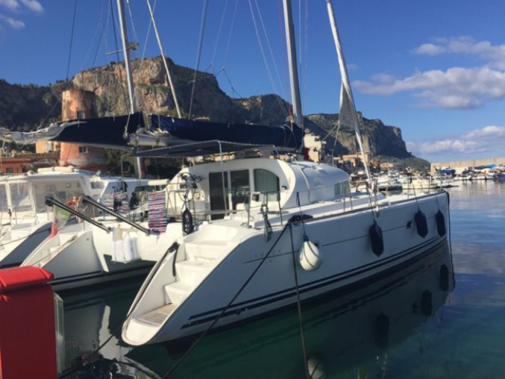 Boat rental Palermo cheap Lagoon 410