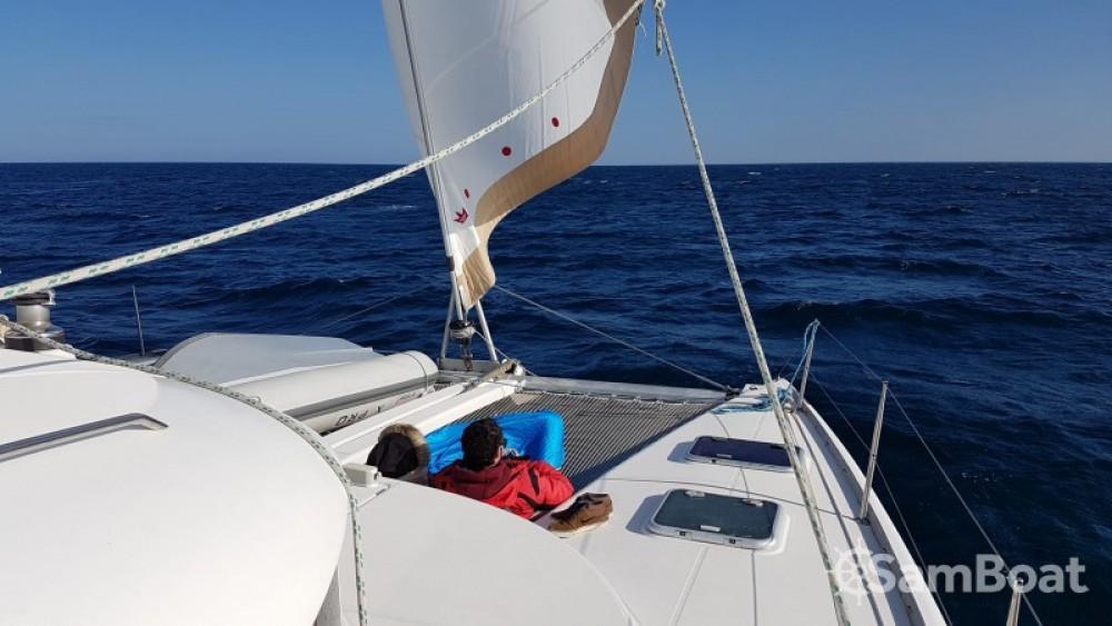 Boat rental Antibes cheap Lagoon 410