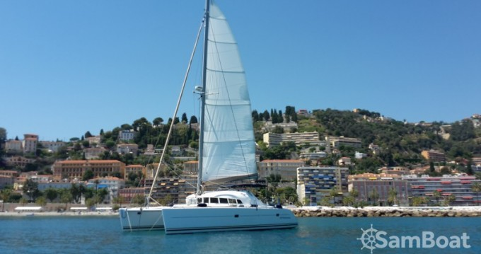 Lagoon Lagoon 410 between personal and professional Antibes