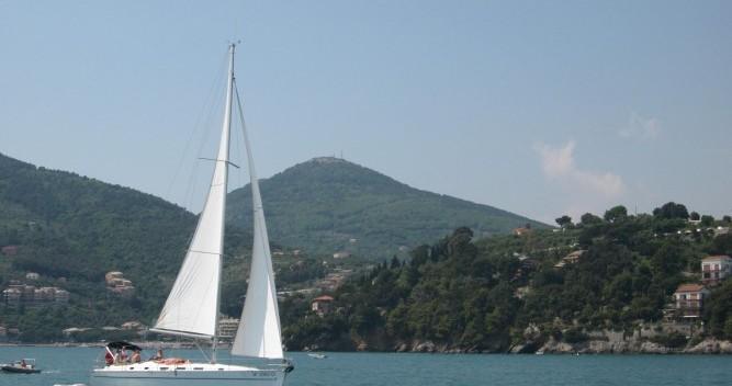 Boat rental Bénéteau Cyclades 43.3 in Genova on Samboat