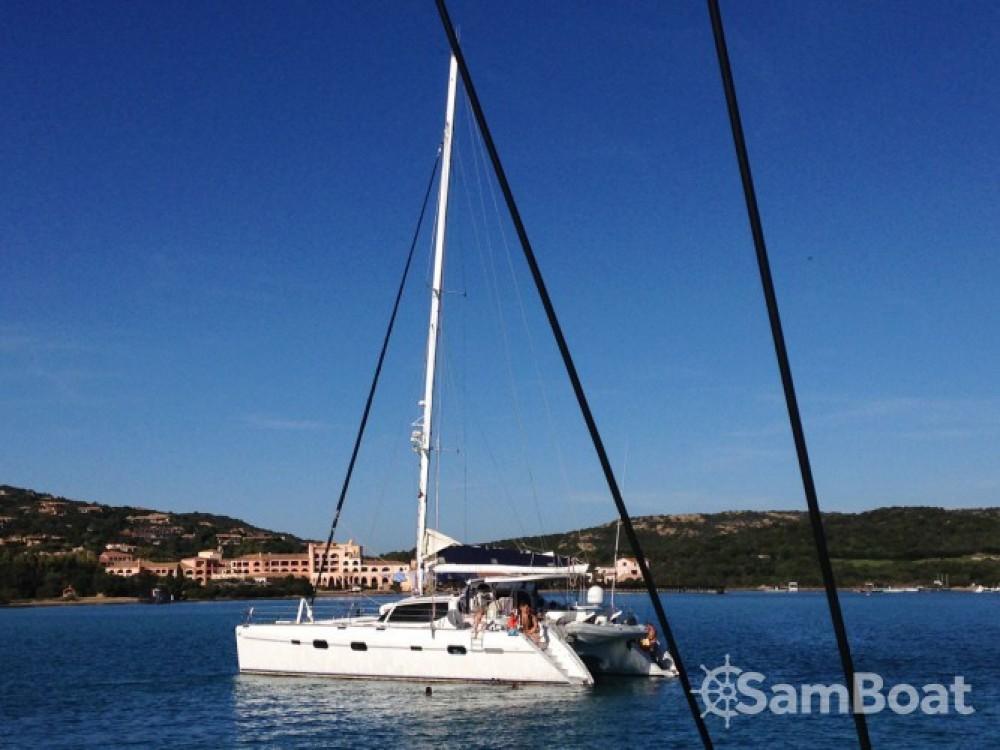 Rental Catamaran Alliaura Marine with a permit