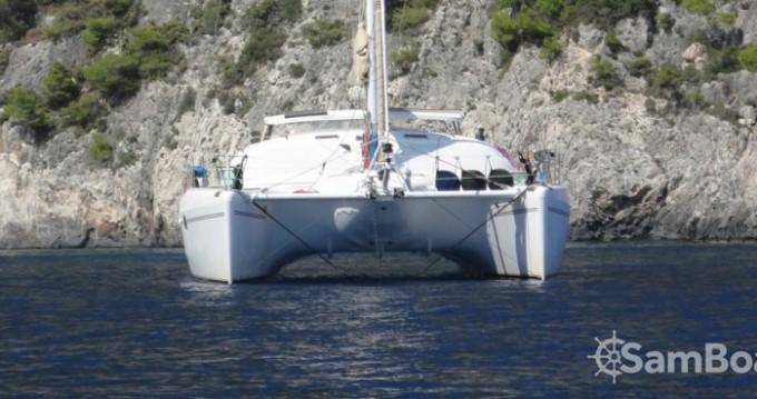 Boat rental Alliaura-Marine Privilège 585 in Olbia on Samboat