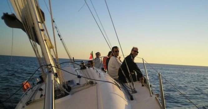 Rental Sailboat in Leça da Palmeira - Elan Elan 37