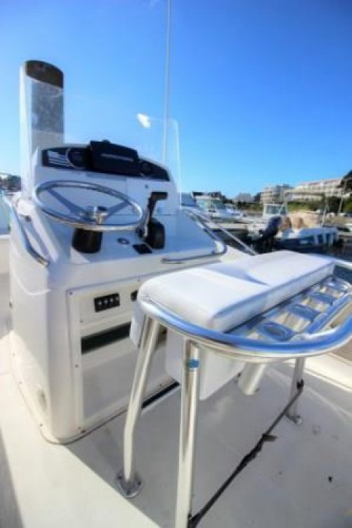 Motorboat for rent Quiberon at the best price